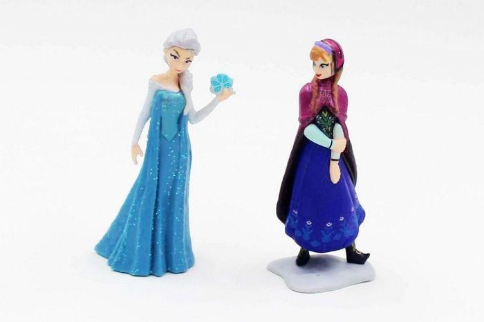 冰雪奇缘娃娃公仔手办玩偶摆件